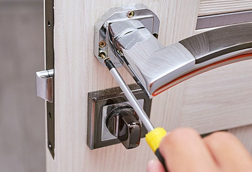what to look for in a locksmith in Islington